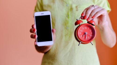 Phone-and-Clock-500x280.jpg
